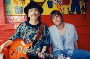 Carlos Santana with his brother Rob Thomas