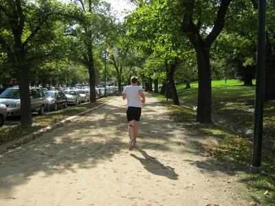 tan-runner